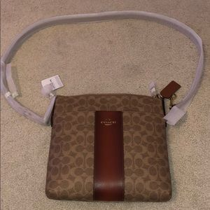 Coach Kit Messenger Crossbody